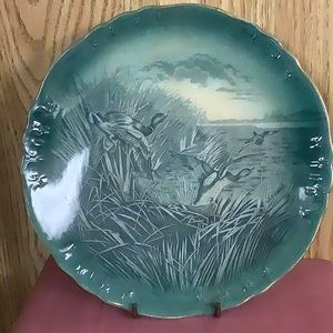 Buffalo pottery bird series 2 plates.